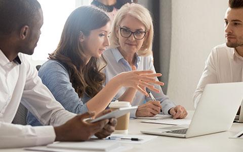Der Wissenstransfer unter Mitarbeitern ist wichtig (Teil 2 von 8)